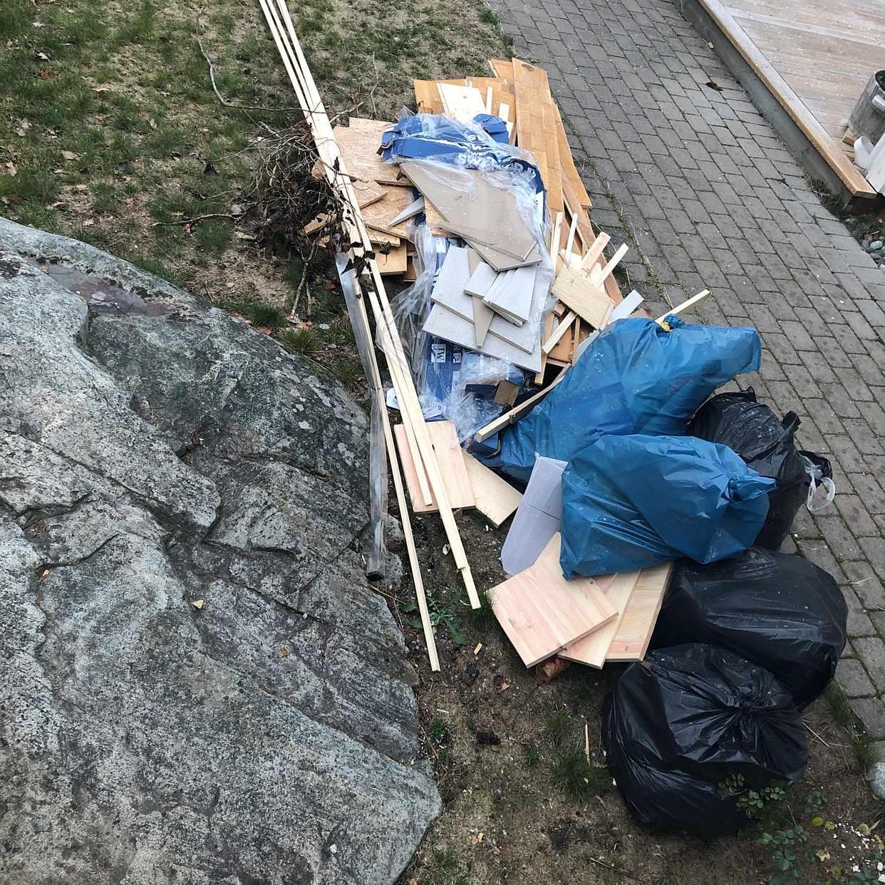 image of Golv, säckar, gips - Saltsjö-Boo