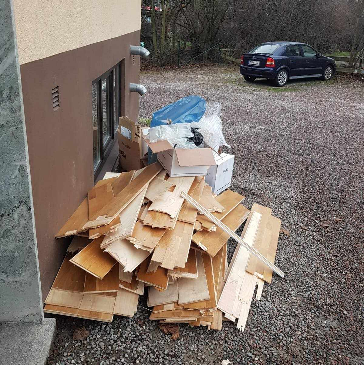 image of Parkett karton , matta - Solna