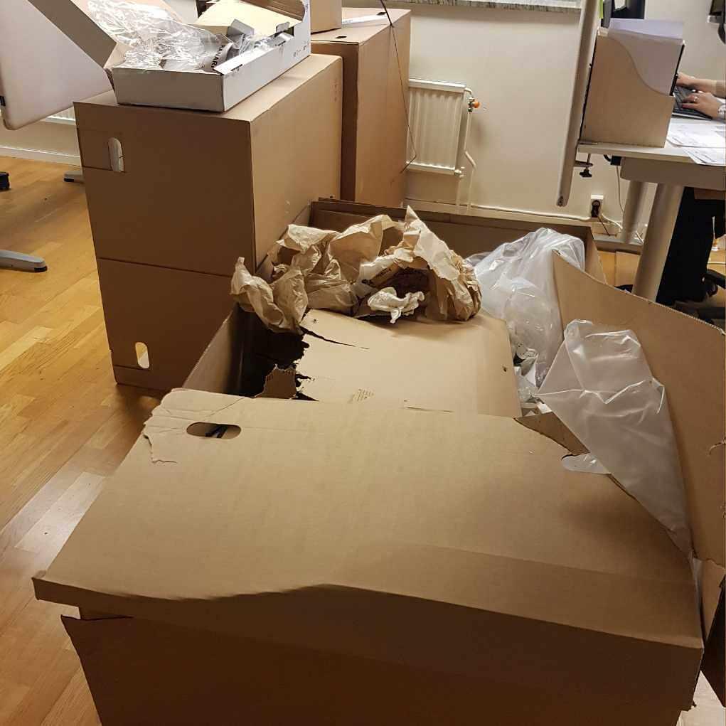image of Tomma ikea kartonger - Stockholm