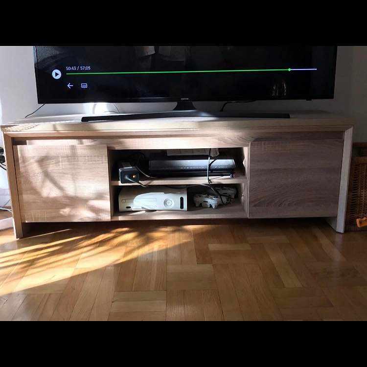image of TV-bänk - Årsta