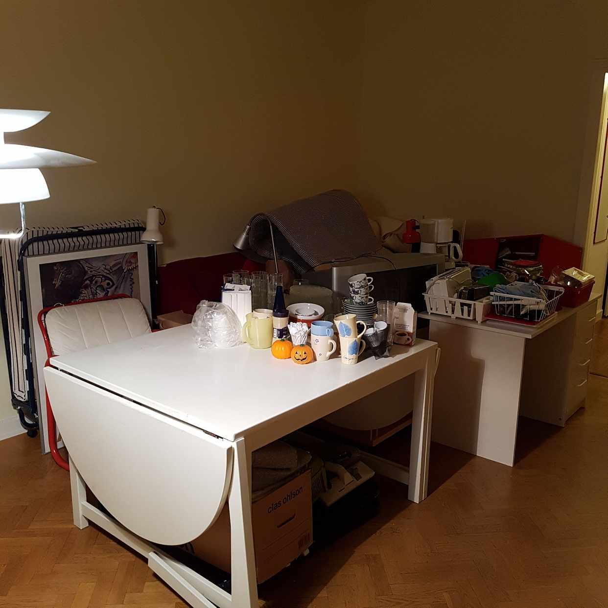 image of Furniture + kitchen stuff - Stockholm