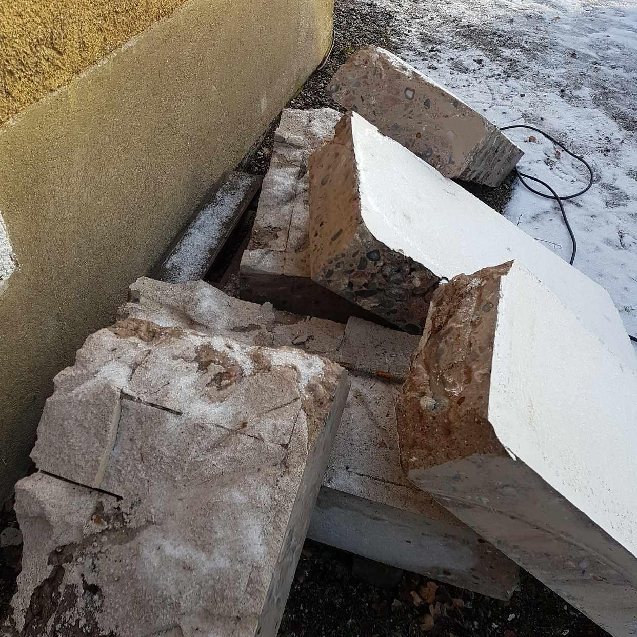 image of betong delar och säckar - Järfälla