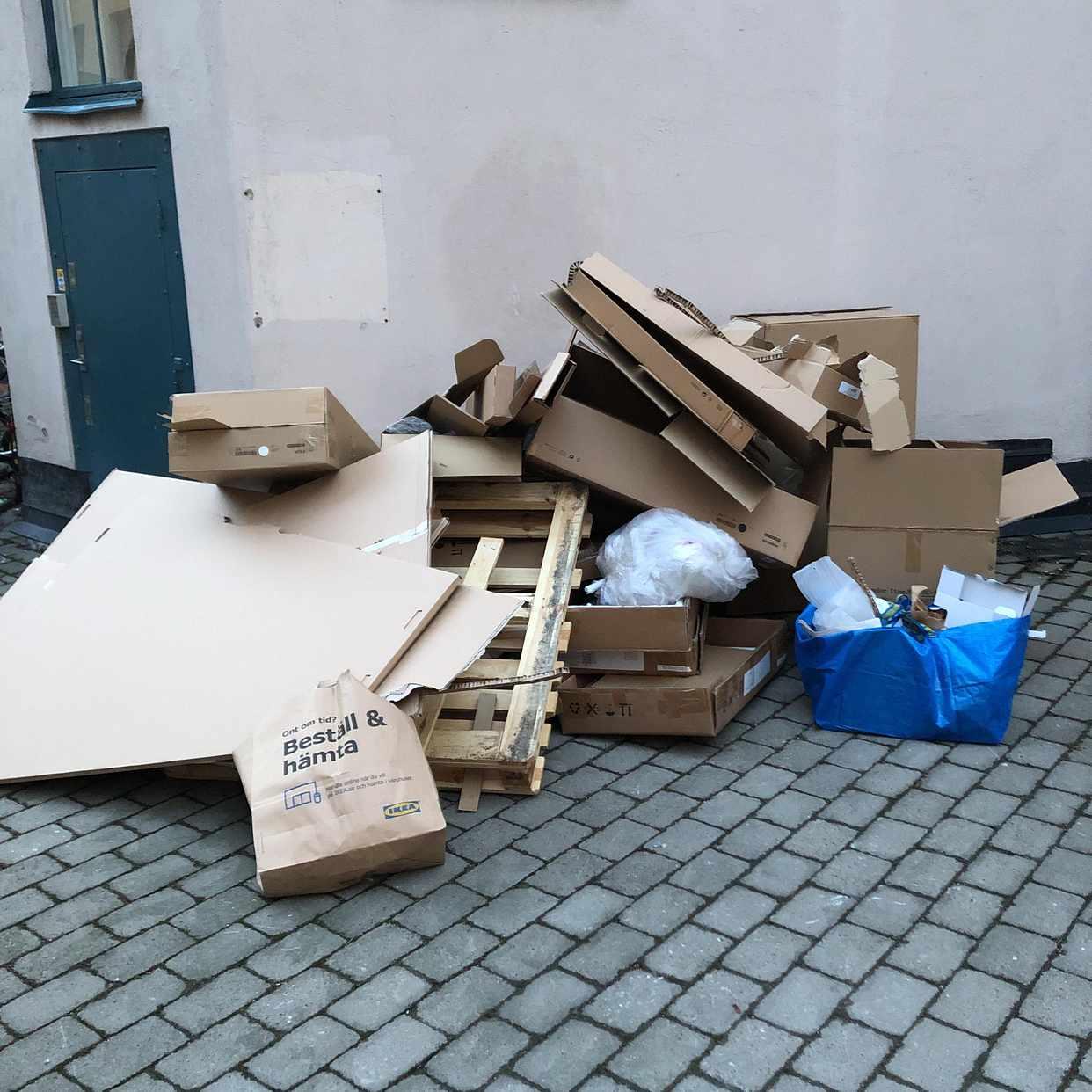 image of Emballage och en pall. - Stockholms Stad