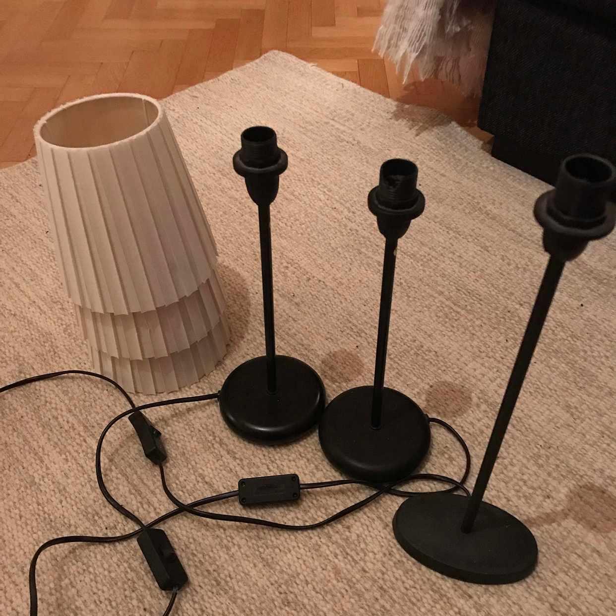 image of Tre bordslampor - Stockholm