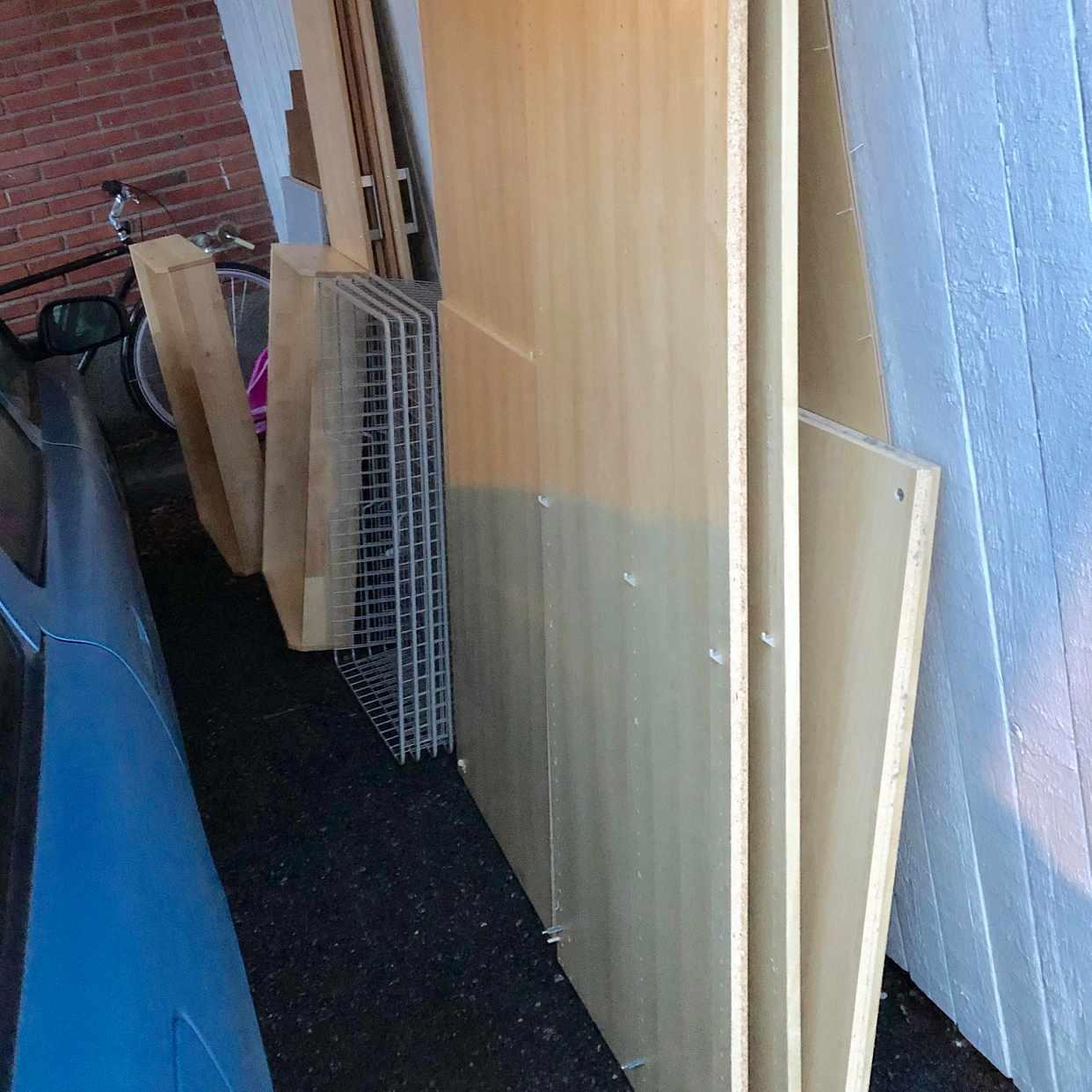 image of Två IKEA-gardsrober - Sköndal