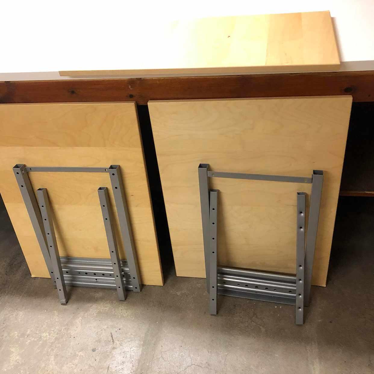 image of Skrivbord från Ikea - Årsta