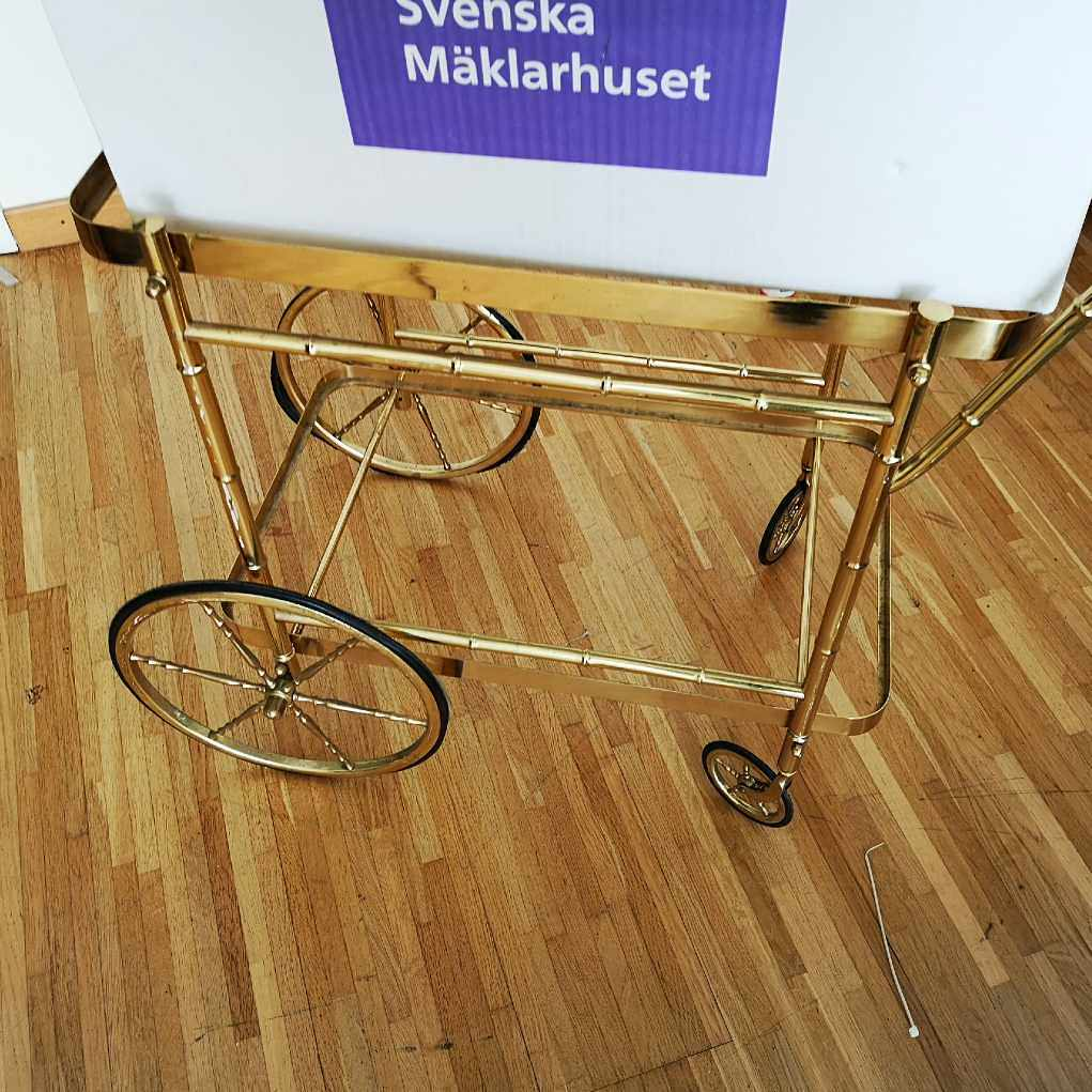 image of Clothes and trolley - Haninge