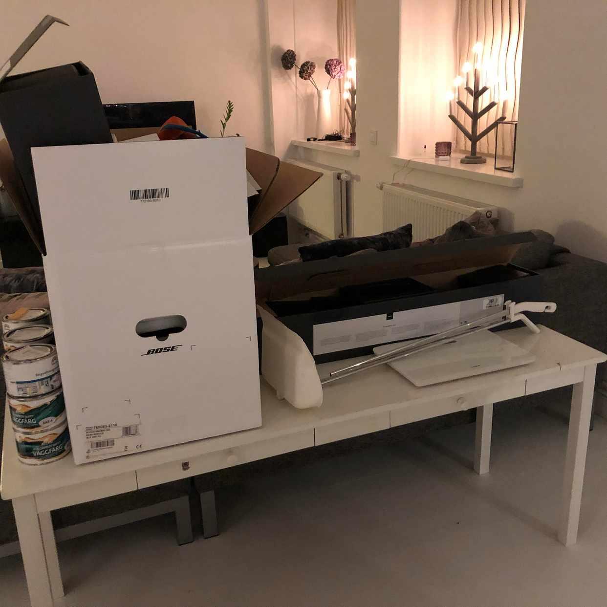 image of Skrivbord, kartonger mm - Stockholms Stad