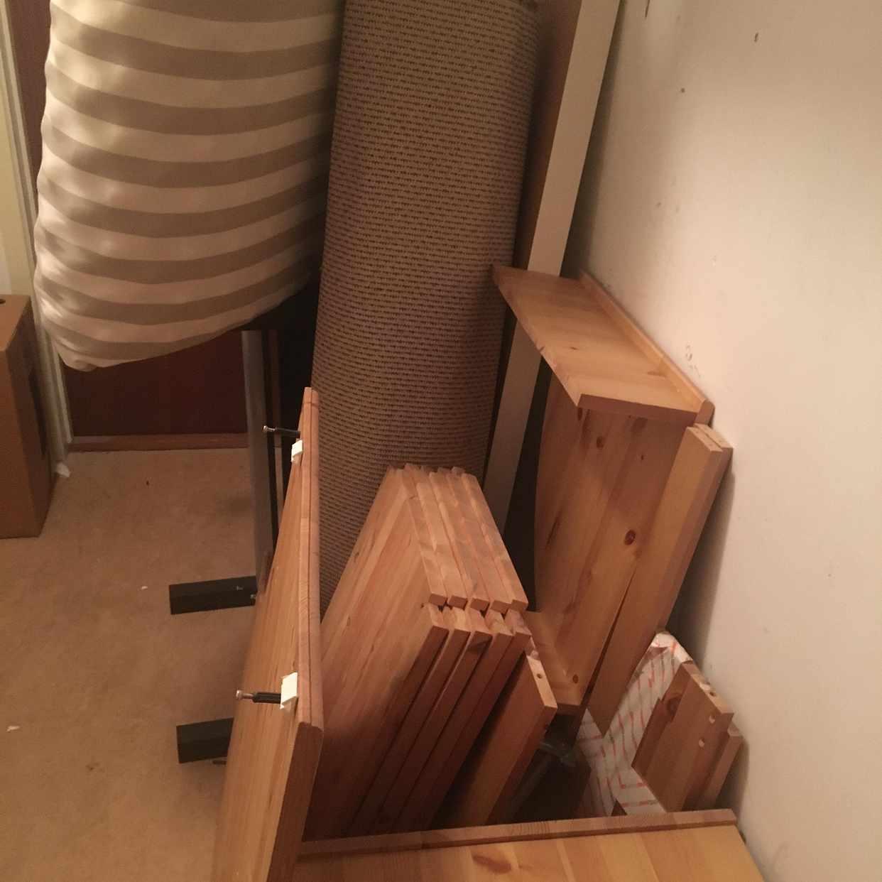 image of Lite möbler och grejer - Huddinge