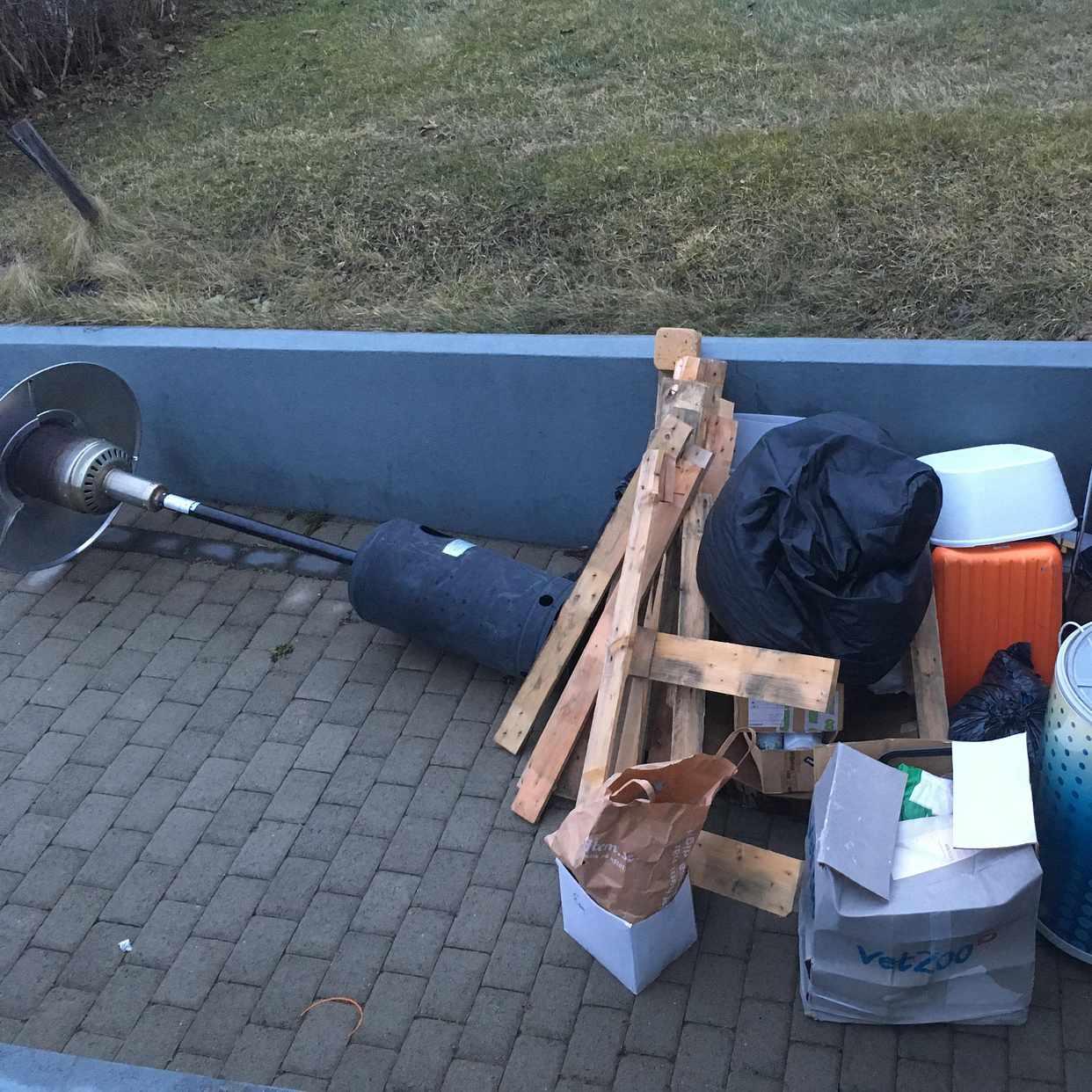 image of Grovsopor, kartonger, etc - Ekerö