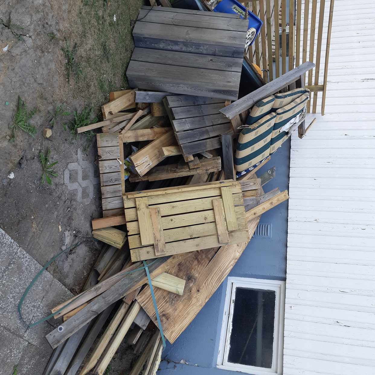 image of 95% wood and some plastic - Bromma