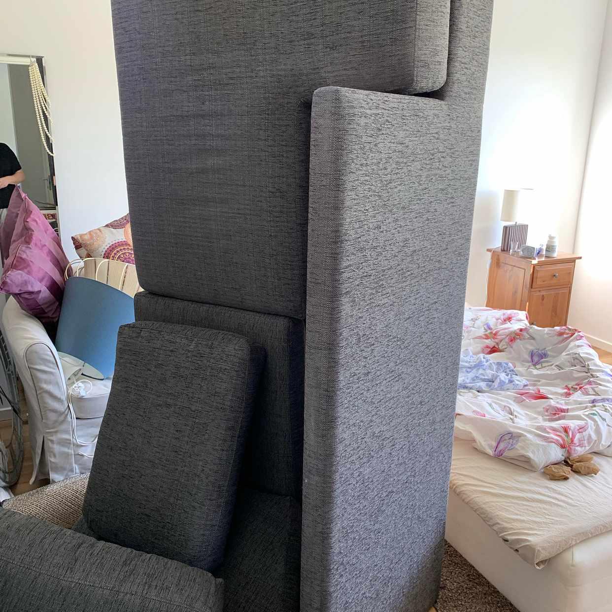 image of Del av soffa + fåtölj - Hässelby