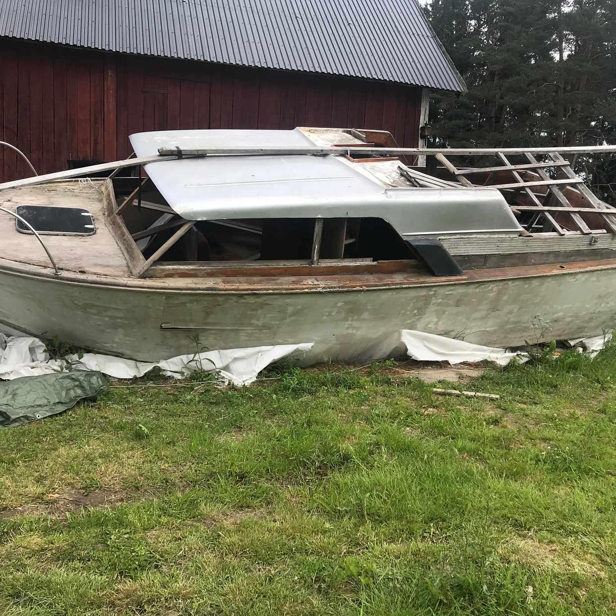 image of Stor båt bortskänkes - rimbo
