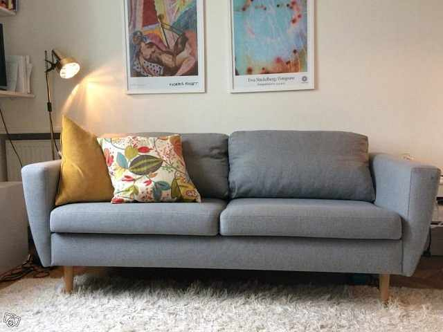 image of Grå soffa säljes, fint sk -