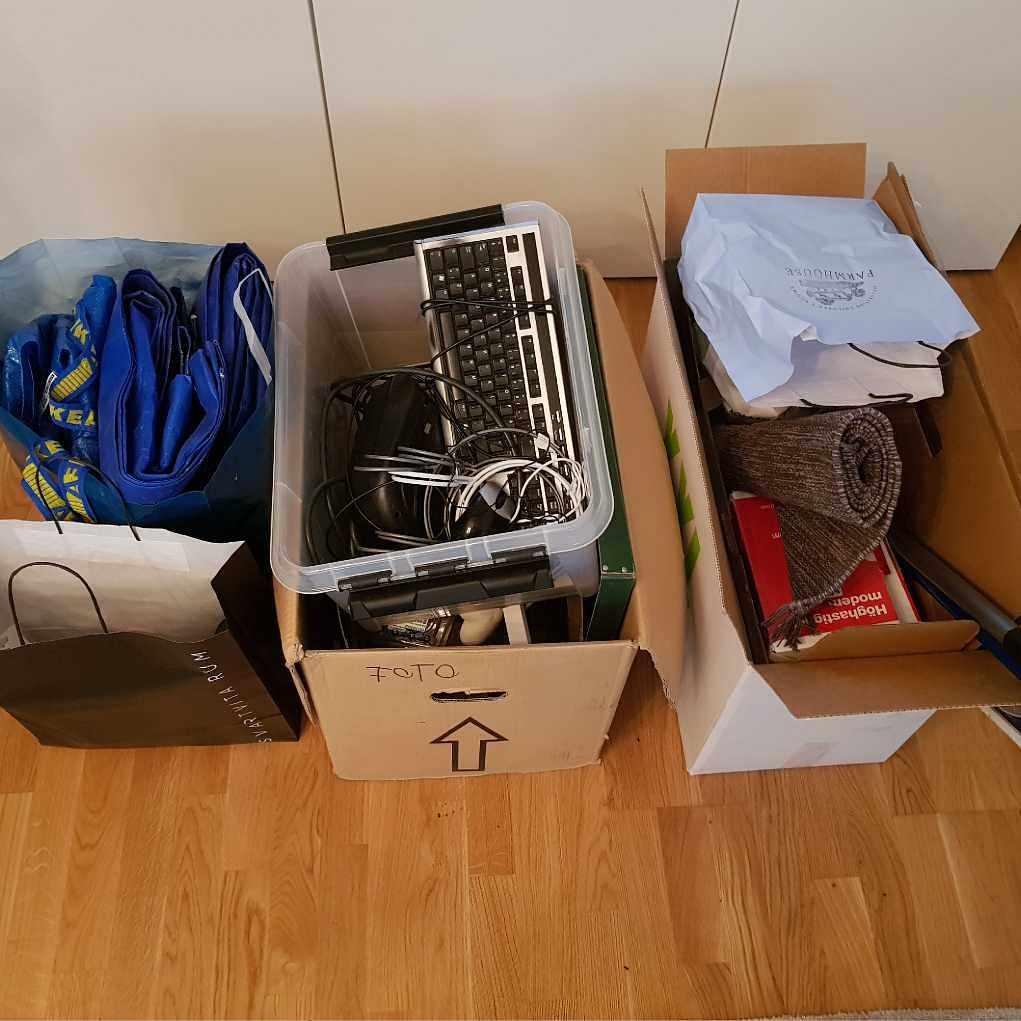 image of Elektronik och blandat - Stockholm