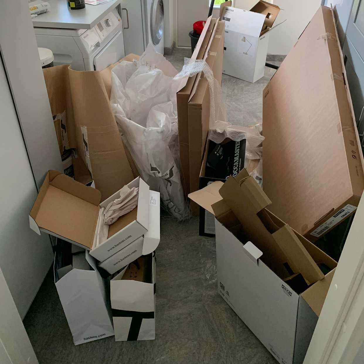 image of Cardboards, plastic bags - Danderyd