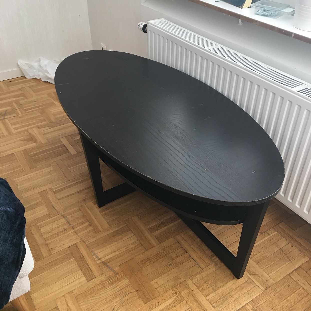 image of Svart bort i trä - Vårby
