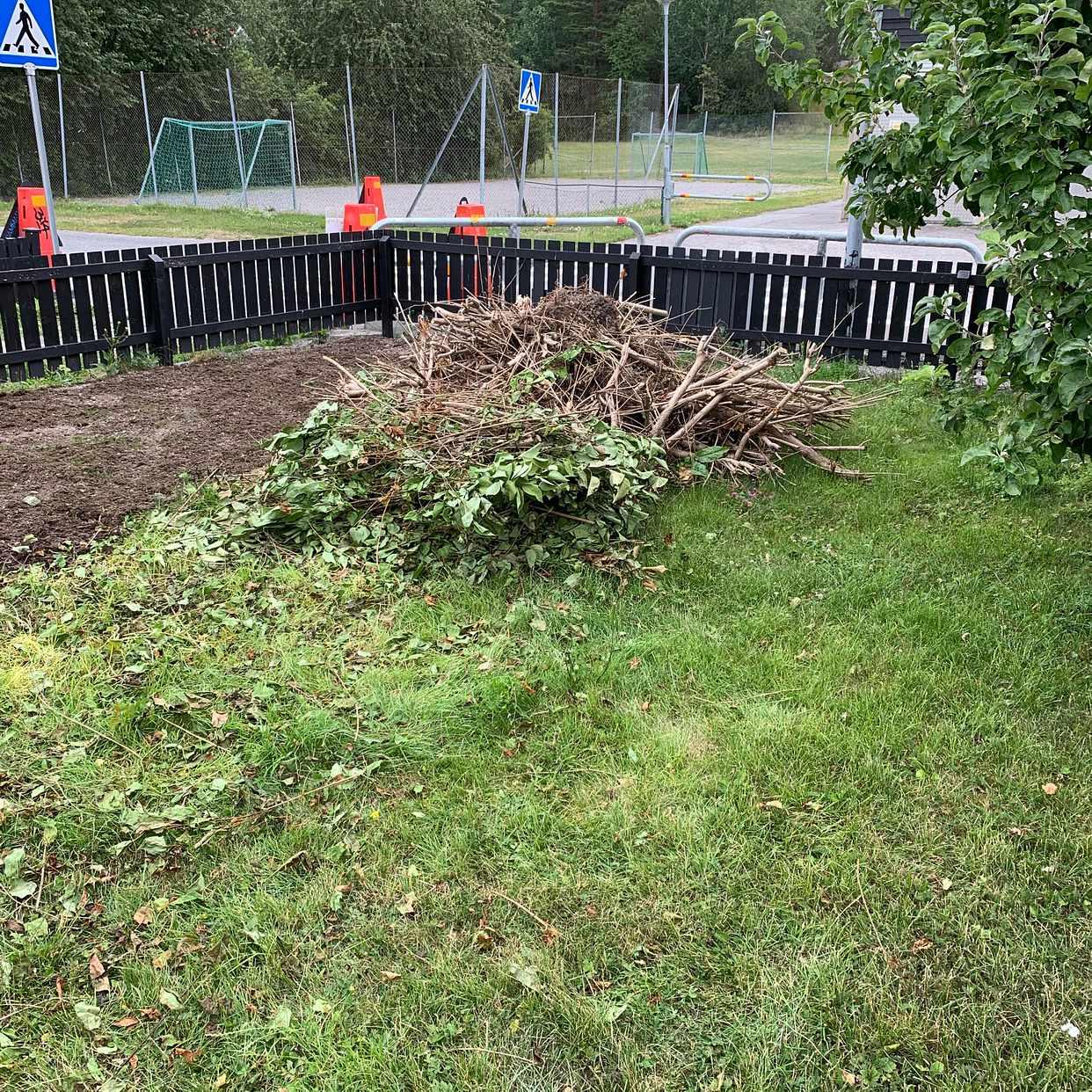 image of Kvistar trädgårdsavfall - Sollentuna