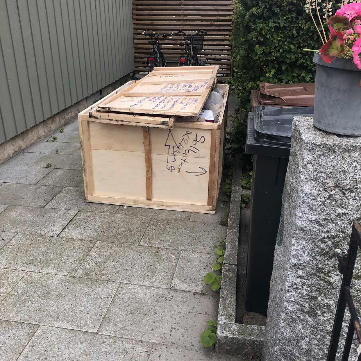 image of 110 cm * 160 cm stor låda - Solna