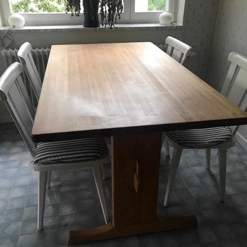 image of Bord och stolar -