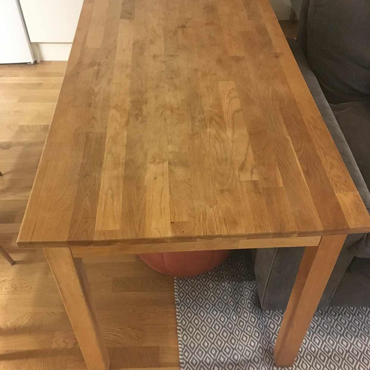 image of Litet matbord i ek - Stockholms Stad