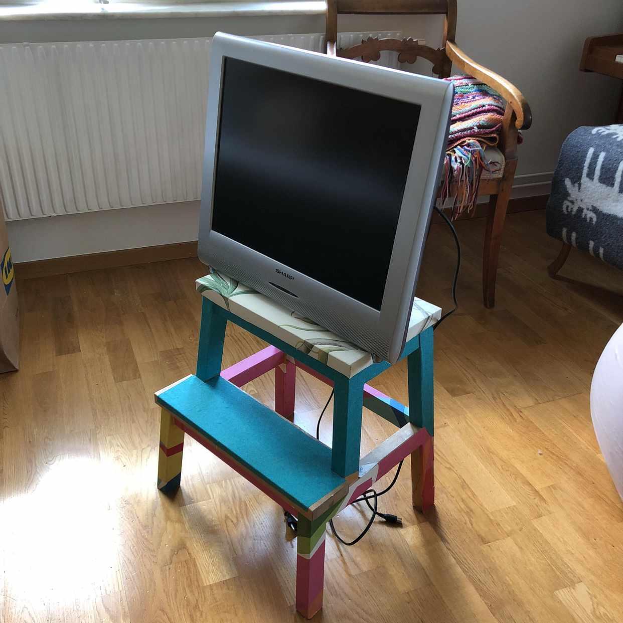 image of Emballage och tv - Hägersten
