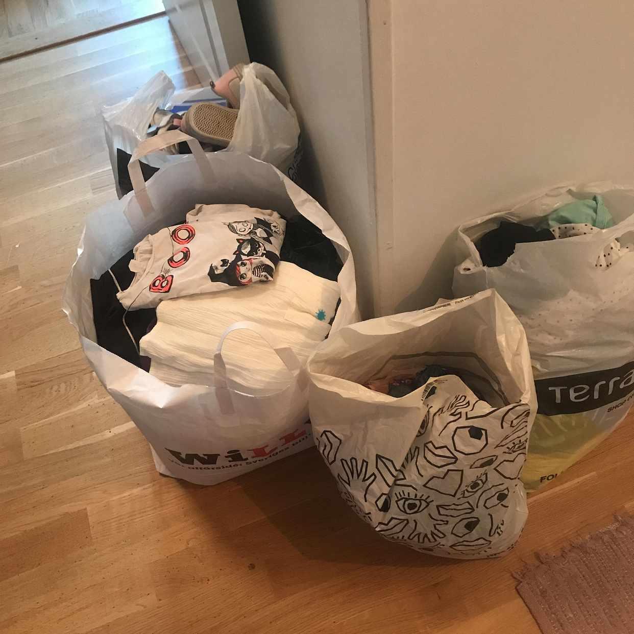 image of Barnkläder skänkes - Stockholms Stad