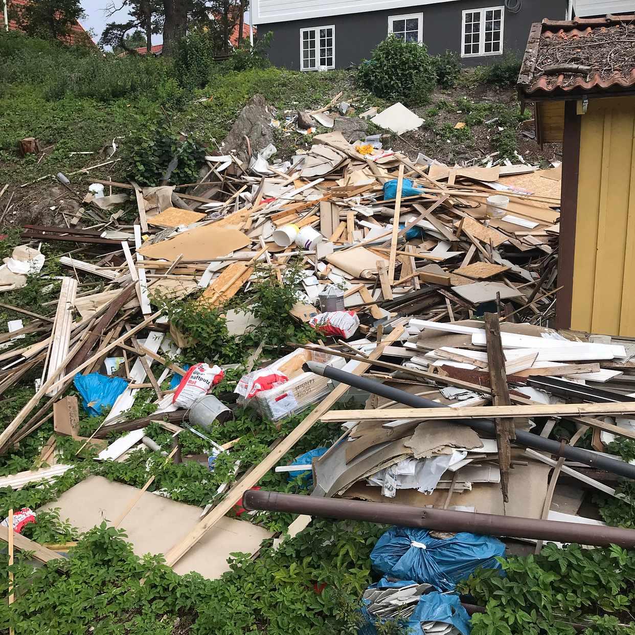 image of Byggavfall mestadels trä - Älvsjö