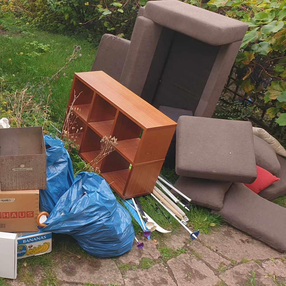 image of Blandade saker och möbler - Nacka