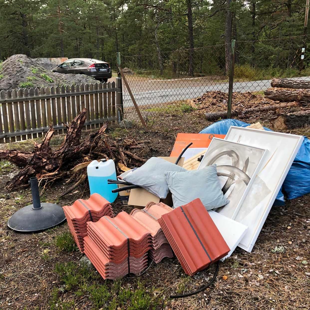 image of Blandat skräp - Värmdö