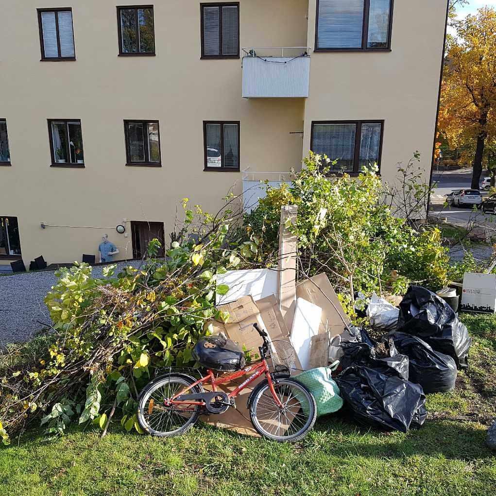 image of Blandade prylar vårstäd - Stockholm
