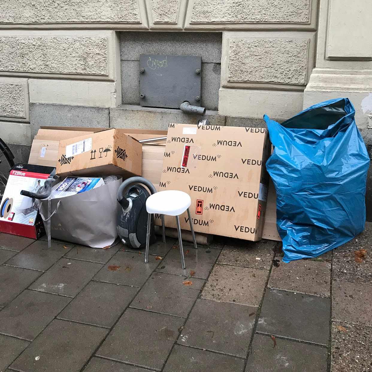 image of Kartonger / ikea careerl - Stockholm