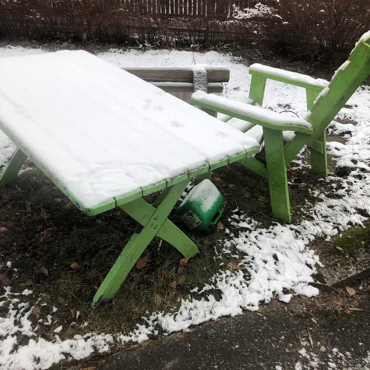 image of Trädgårdsmöbel — tippen. - Enskede