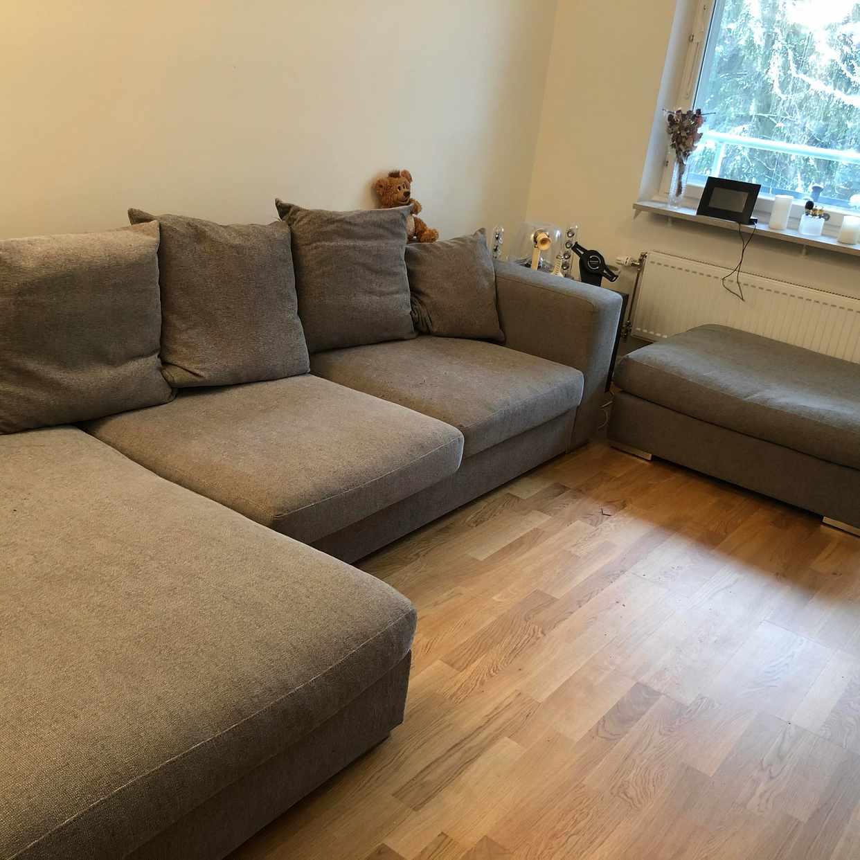 image of Grå färg sofa - Kista