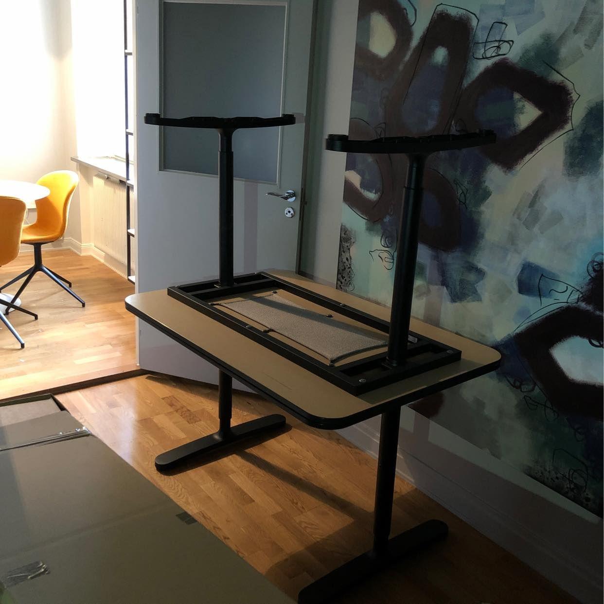 image of Kartonger och 3 bord - Stockholm