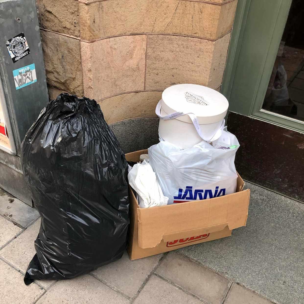 image of Kartong + söck - Stockholm