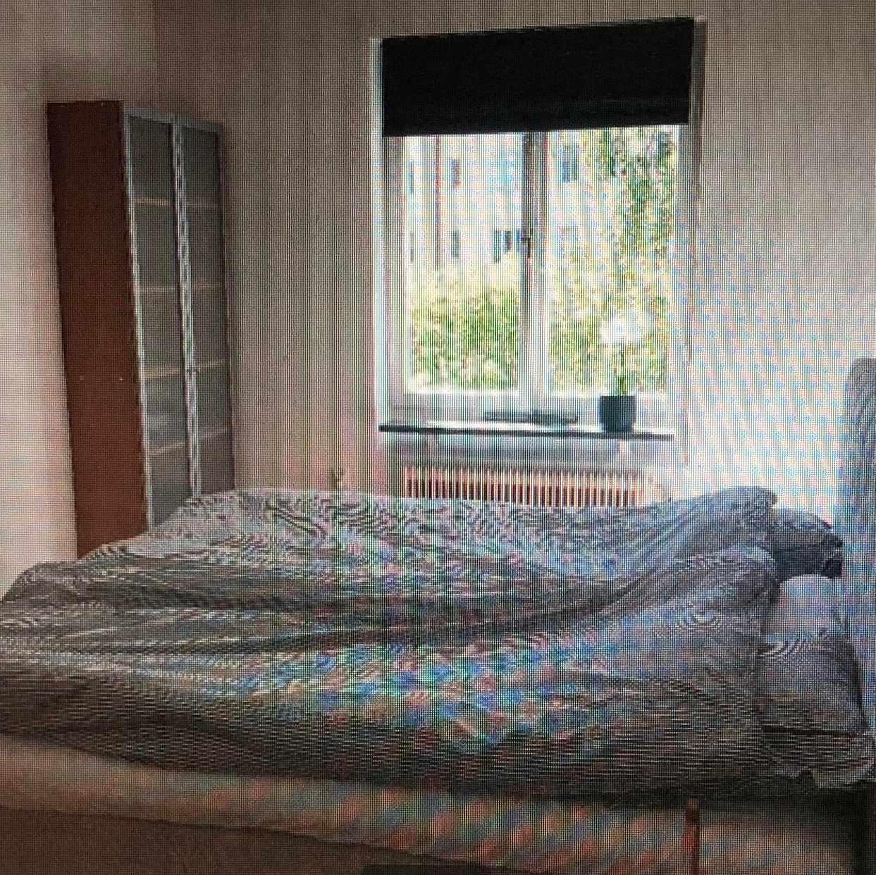 image of Flytta två sängar -