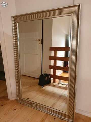 image of Ikea, stor silverfärgad s -