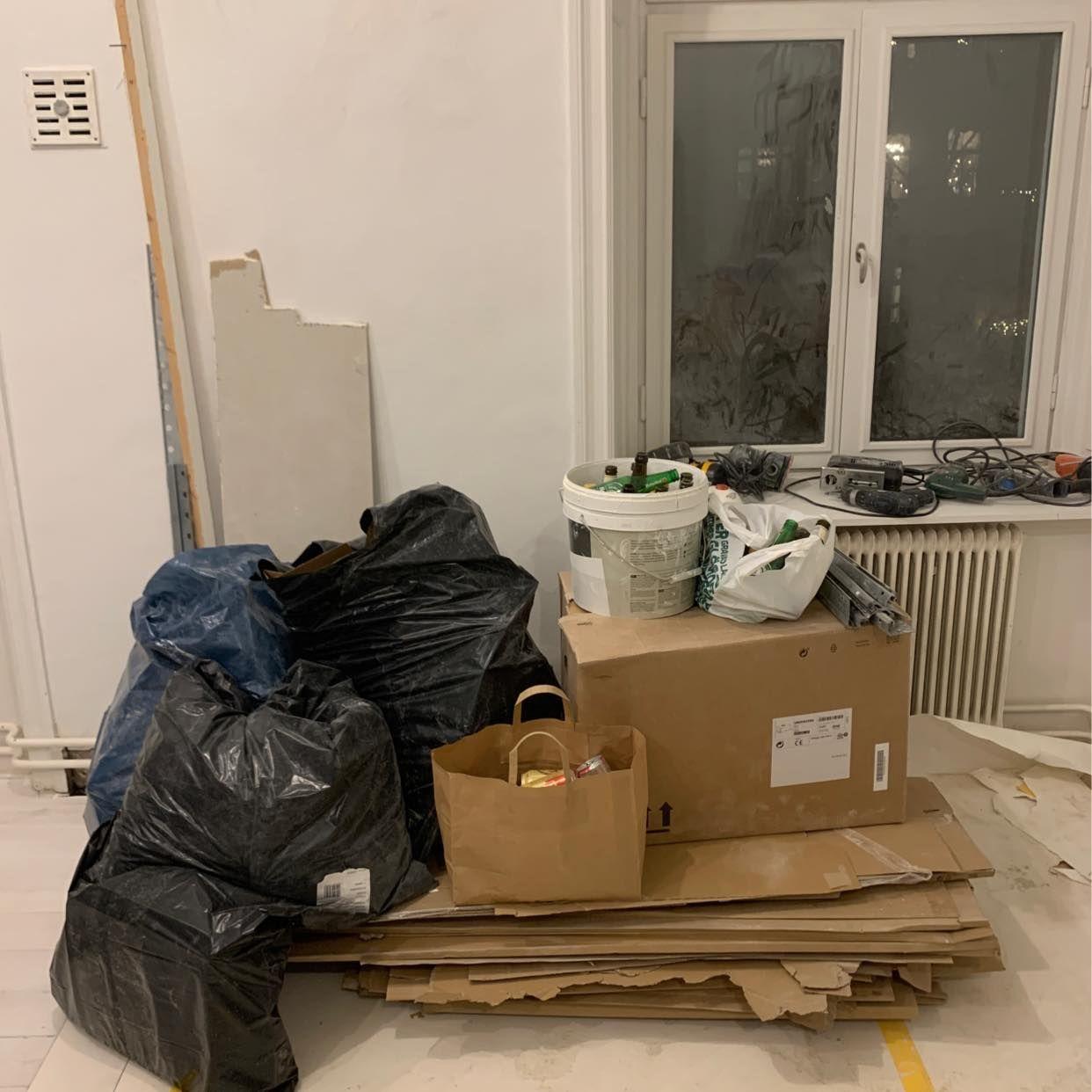 image of Kartonger +lite div skräp - Stockholms Stad