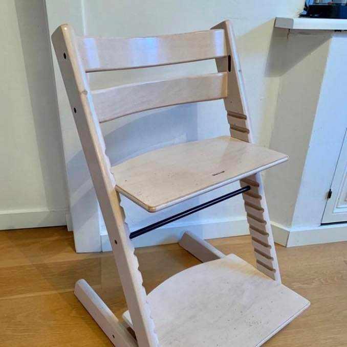 image of Hämta en tripp trapp stol -