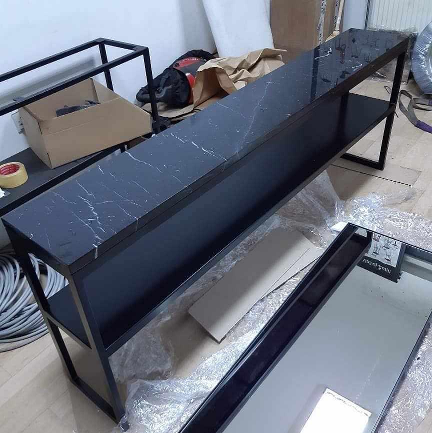 image of Flytt av trasigt bord -