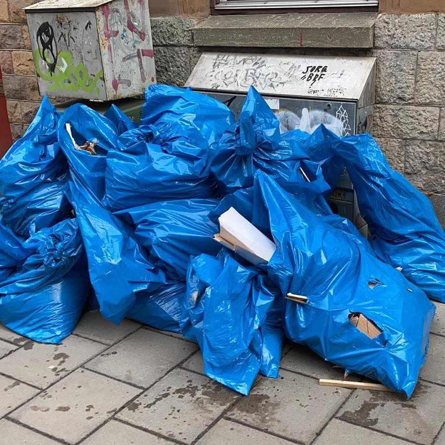 image of Trä,plast,damm - Stockholm