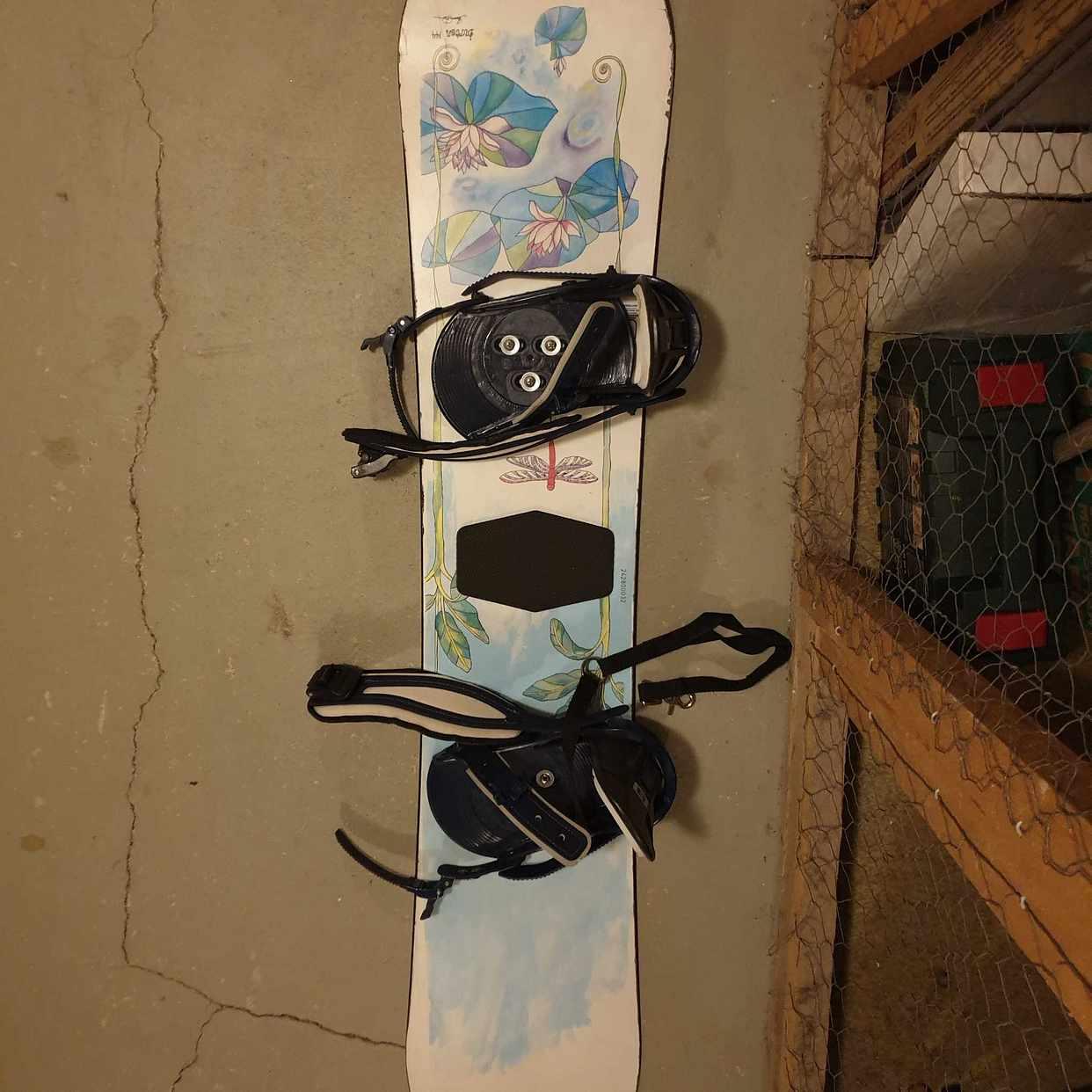 image of Burton Snowboard - Solna