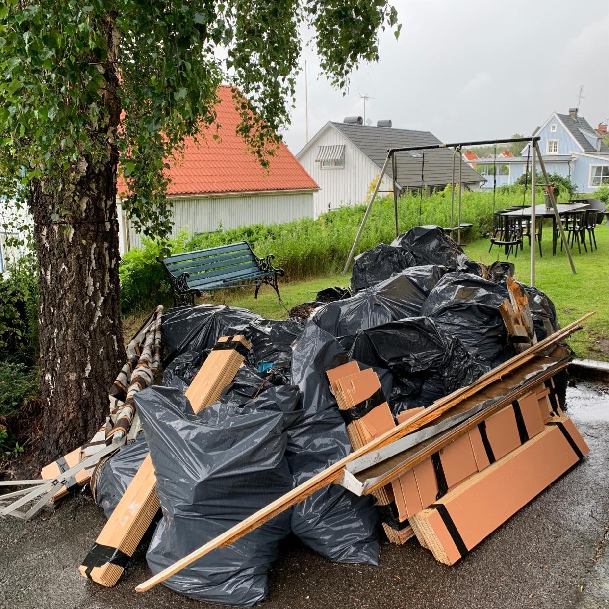 image of Hämtning av trädgårdsrens - Västra Frölunda