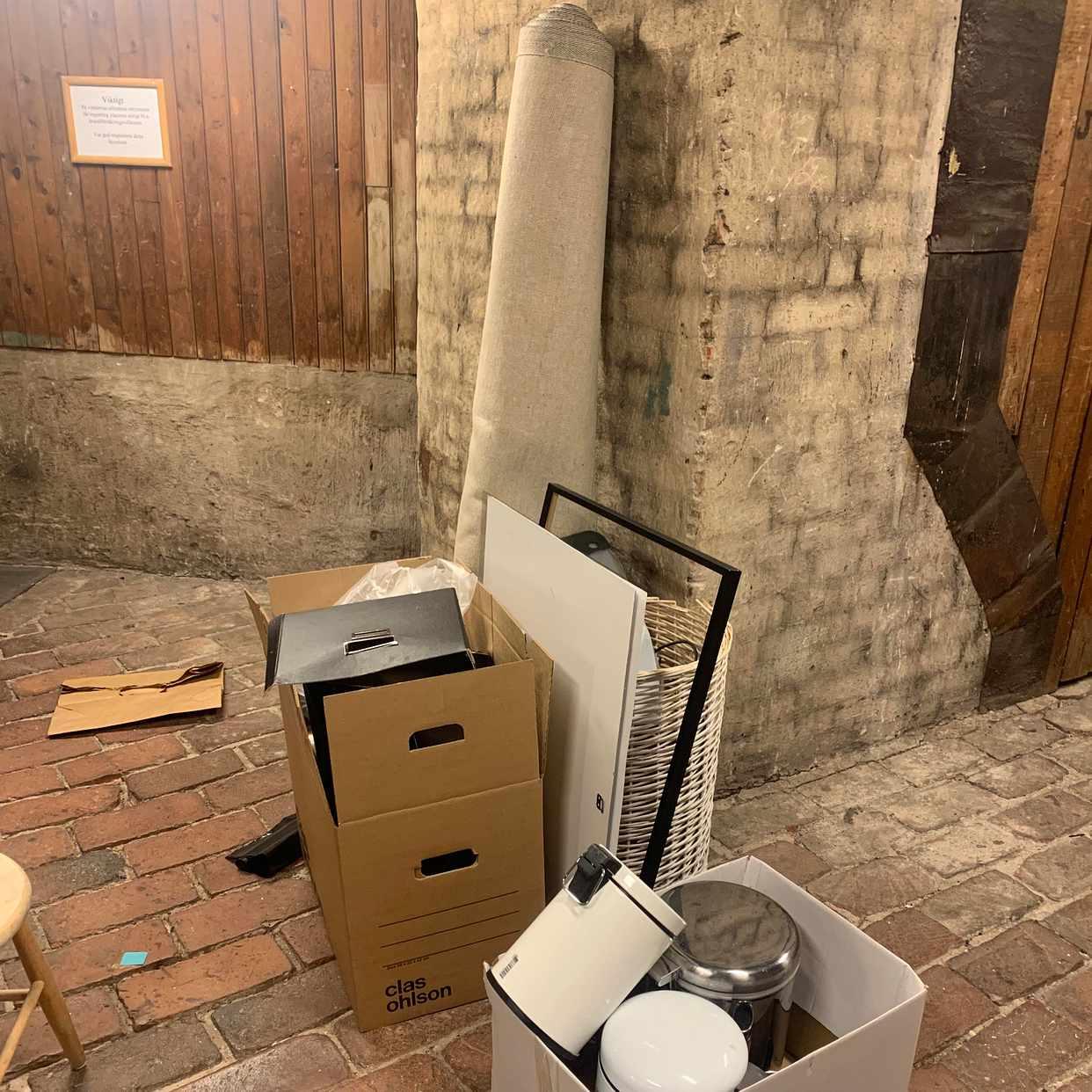 image of En matta, en tvättkorg, e - Stockholms Stad