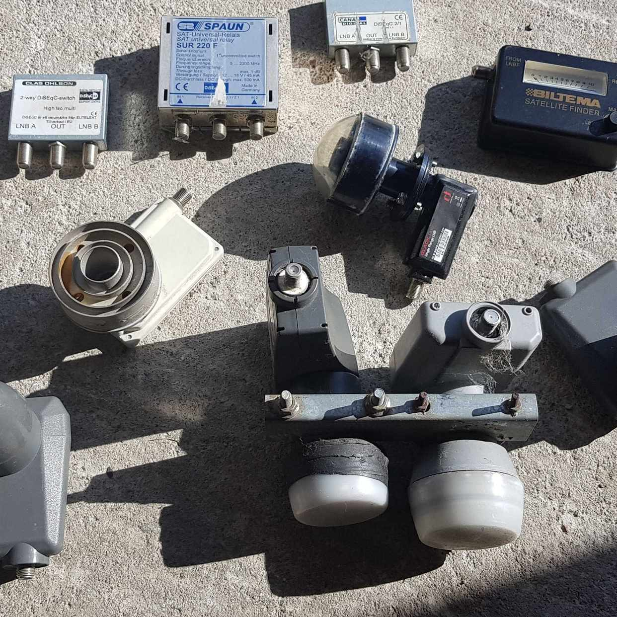 image of Parabol,motor,switch,m.m - Spånga