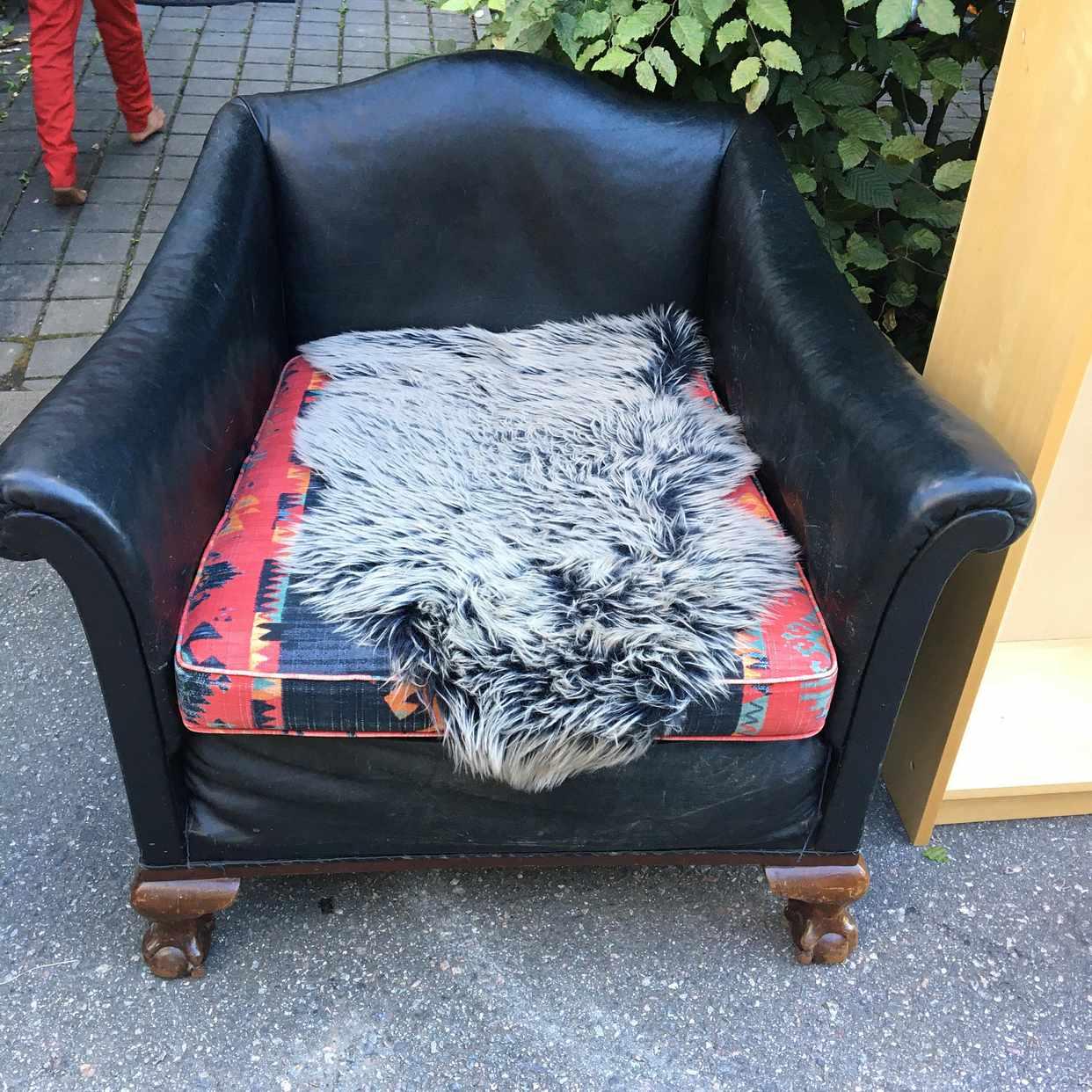 image of Give away furniture - Spånga