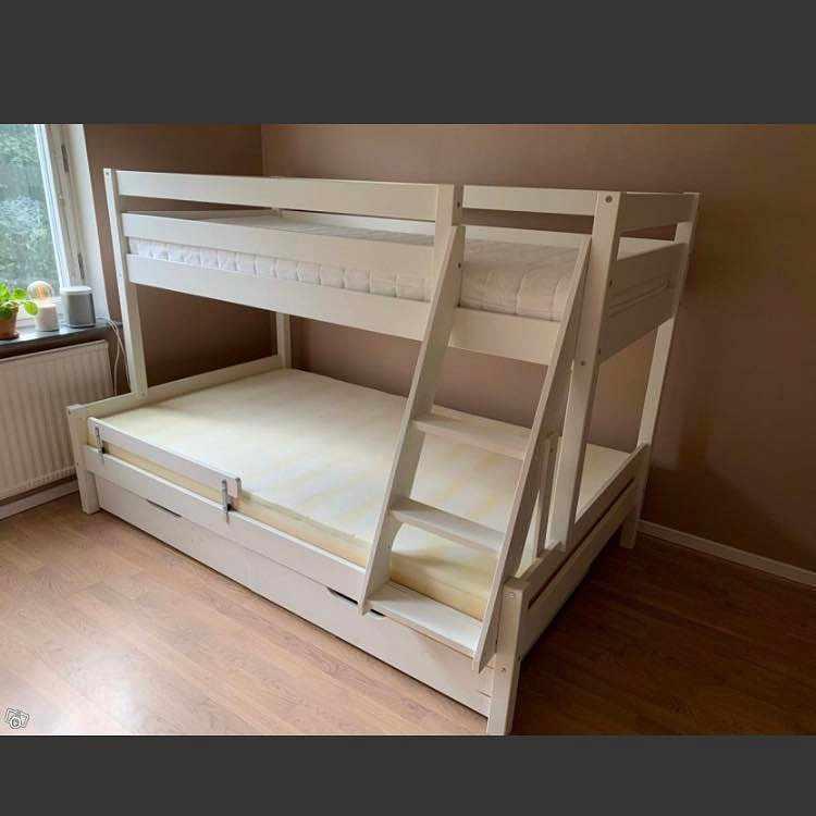 image of Flytt av säng -