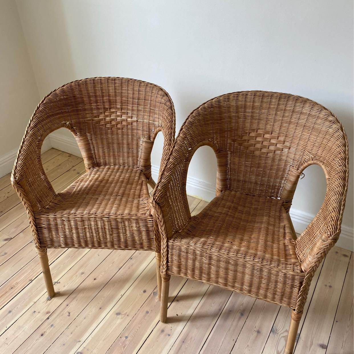 image of 2 chairs - Stockholm