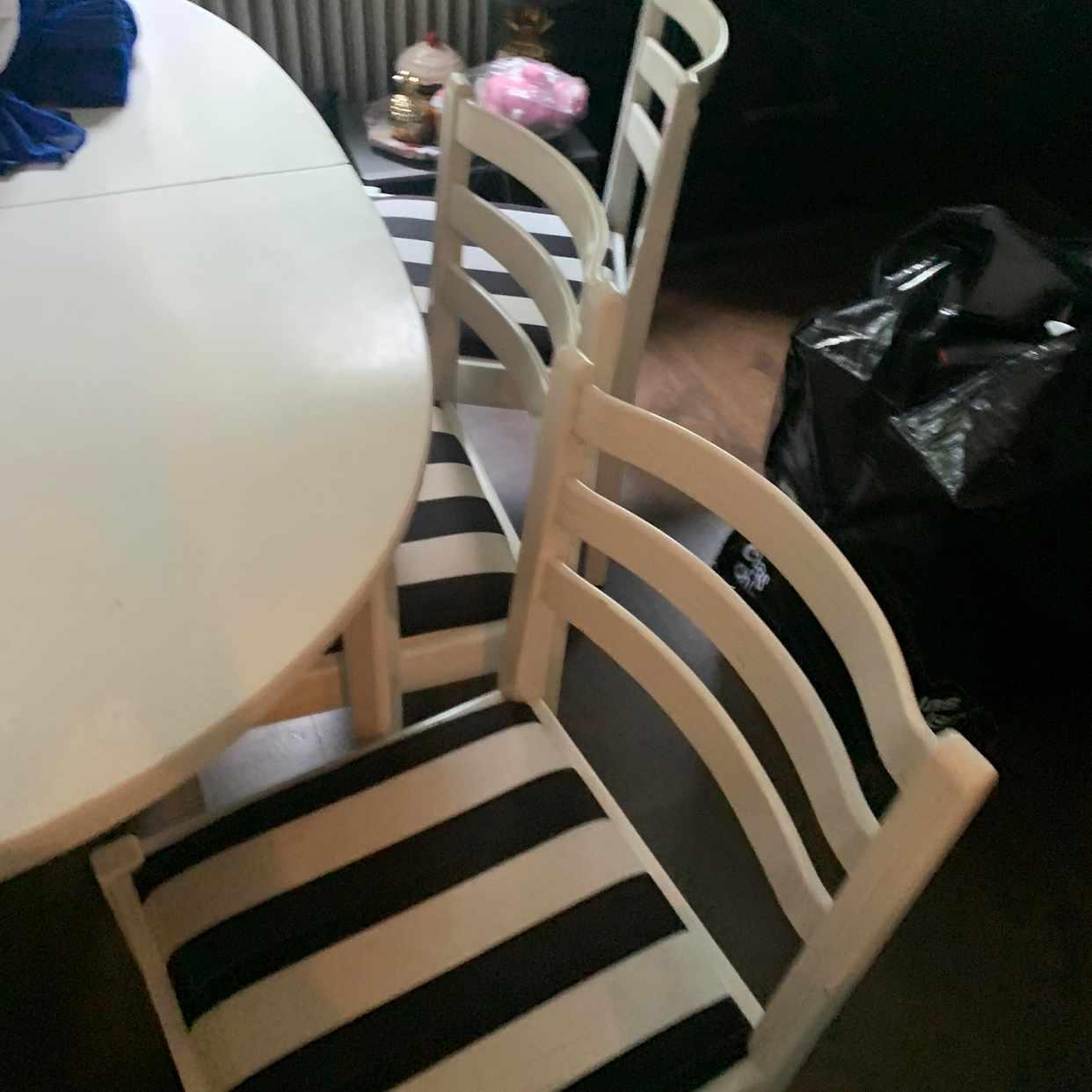 image of 4 stolar och bord - Johanneshov